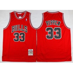 Chicago Bulls - SCOTTIE PIPPEN - 33