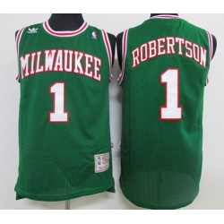 Milwaukee Bucks - OSCAR ROBERTSON - 1